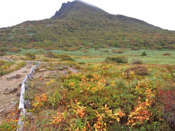 磐梯山紅葉始まり