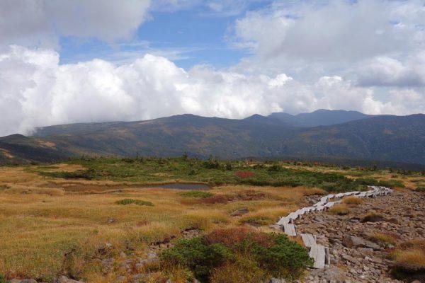 梵天岩の先