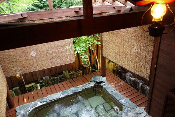 雨の日は露天風呂